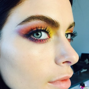 NEW EYE SHADOW FOR TRENDS